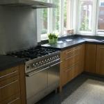 Keuken met massief eiken fronten