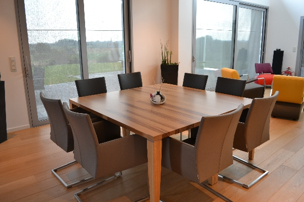 Op maat gemaakte tafel van Zebrano hout | woodtob